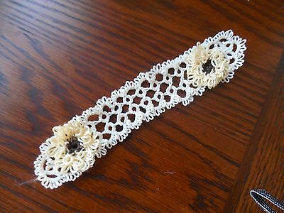1 Tatted Bookmark Cream with 2 Yellow Flowers Lacey New Tatting by Dove Country