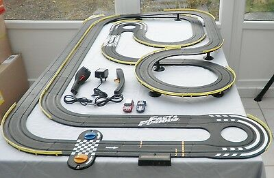 Micro Scalextric Big Set With Cars lot 1