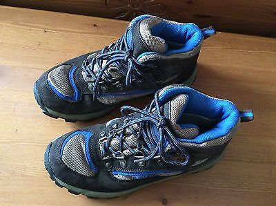 Childrens Walking Boots Size 4 Mountain Warehouse