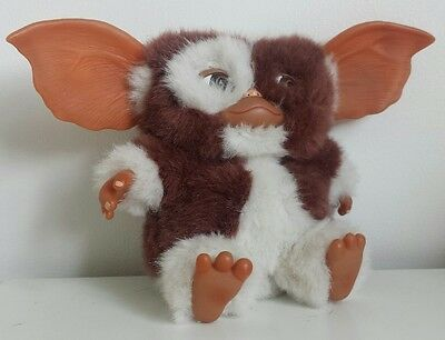 NECA Gremlins Gizmo Plush Soft Toy Beanie Hard  Ears Cult Movie Warner Bros