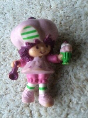 Strawberry Shortcake Vintage Miniatures Raspberry Tart 1981