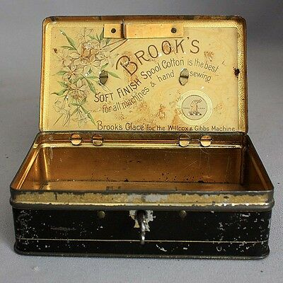 Antique Small Sewing BROOK'S SPOOL COTTON Thread Tin Lock Box & Key Advertising