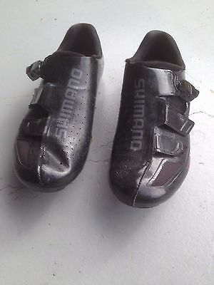 Shimano R171 size 42 wide fit cycling shoes
