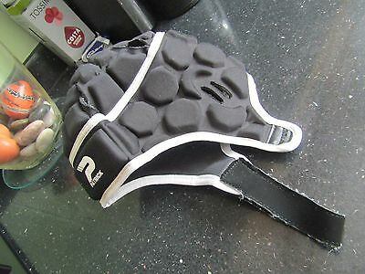 Pre-owned Patrick Junior Head Guard Protector Boys S Rugby Equipment Black/White