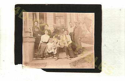 Original photo Cabinet Card Victorian Portrait Family by House