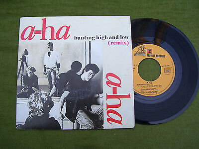 """A-Ha """" Hunting high and low / The blue sky  """" Reprise 1986"""