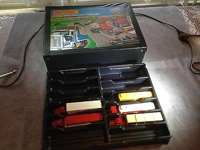matchbox convoy case from 1982 and 5 convoys