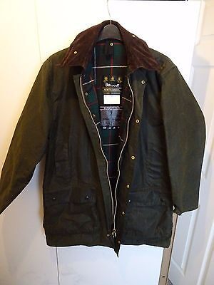Barbour Classic Northumbria A400 Waxed Hunting Jacket C42 107cm