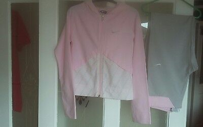 Girls nike tracksuit medium 10-12 years excellent condition