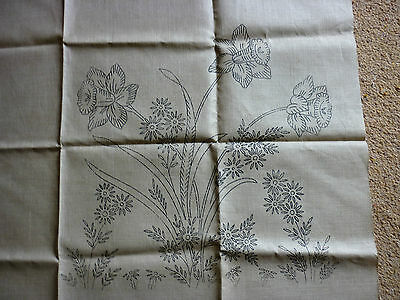 Embroidery linen - transfer printed - vintage