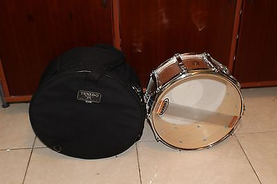 Ludwig  6.5 x 14 Snare Drum  Champagne Sparkle in CASE