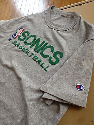 Vintage NBA Seattle Sonics T-Shirt Champion classic style Medium Supersonics