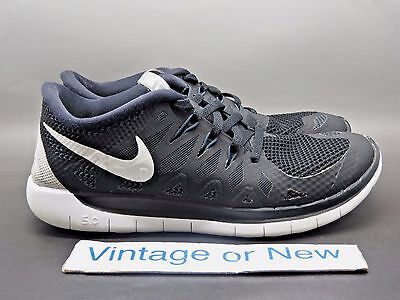 ace6a174658e NIKE FREE 5.0 Black Anthracite White Running Shoes GS 644428-001 sz ...