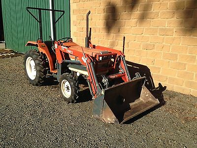 Kubota L2202 DT Tractor & 4in1 Loader