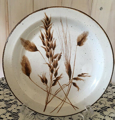 "Wild Oats Stonehenge by Midwinter Ltd/7"" Bread & Butter Plate/England/EUC"