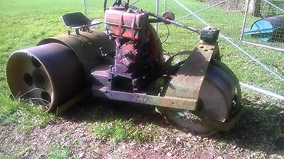 Cricket roller Lister diesel engine