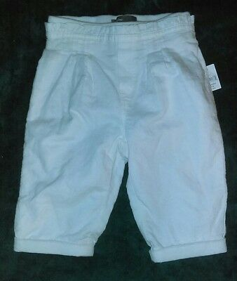 infant girl size: 12-18 mths white jeans (baby Gap)