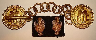 Wwii Italian Youth Cape Chain And Insignia
