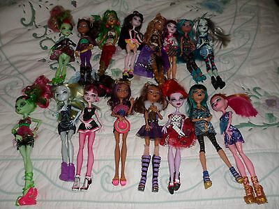 monster high huge bundle with loads of dolls accessories Mixed lot