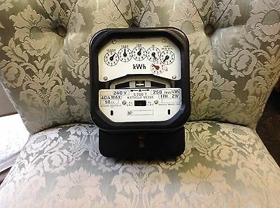 Vintage Electric meter, good working condition, see pictures please.no-07.