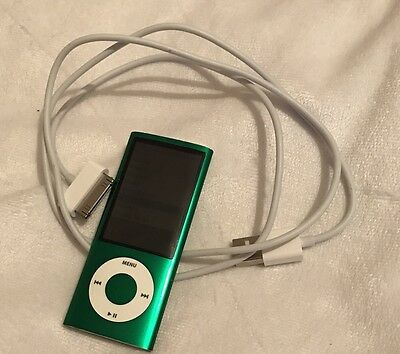 Apple iPod nano 5th Generation Green (8GB)