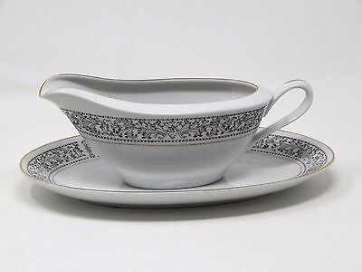 Royal Wentworth RW Fine China Ambassador Japan Gravy Boat Plate Black Gold 8692
