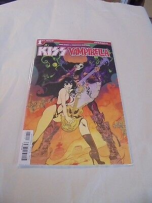 Kiss Vampirella #1 C Cover Dynamite NM Comics Book