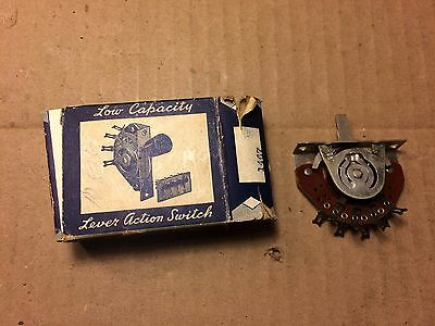 NOS Vintage CRL 1467 3 pole 3 position spring return switch 1960s Fender Guitars