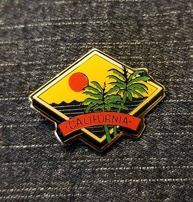 Vintage California Lapel Pin Brass and Enamel Palm Tree Souvenir Travel