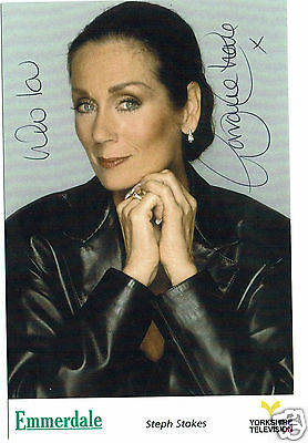 Lorraine Chase Actress Model Emmerdale  Hand Signed Photograph 6 x 3