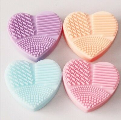 Silicon Make Up Brush Cleaner PEACH Heart