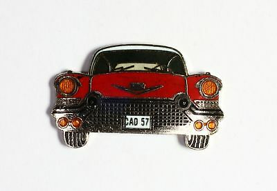 Pin's  Voiture rouge