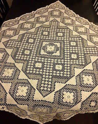 """Great Hand Made Italian Tea Tablecloth 37""""SQ, in Darning on Net Technique"""