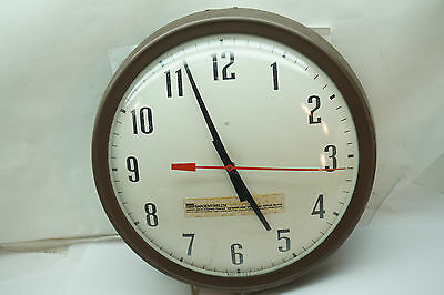 VINTAGE WALL CLOCK INDUSTRIAL ELECTRIC SARGENT WELCH METAL GLASS 14in DIA WORKS