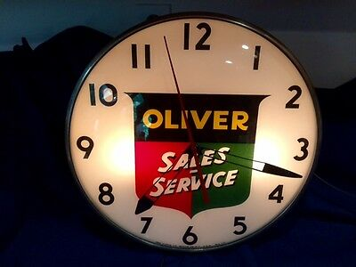 Original Oliver Tractor Sales Service Farm Equipment Round Electric Pam Clock