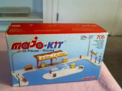 Majo-Kit Majorette 56 Piece #705 Unused In Box Free Shipping ; Shell Oil Service
