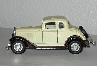 Yatming 32 Ford Coupe No 8501 Pull Back Action