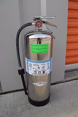AMEREX Model 250 2.5 Gallon Foam Fire Extinguisher NEW with 02141 Fill Adapter