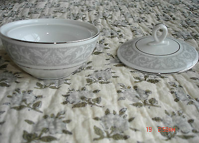 WHITNEY BY IMPERIAL CHINA  (Japan) - SUGAR BOWL WITH LID  - VINTAGE 1960's, 70's