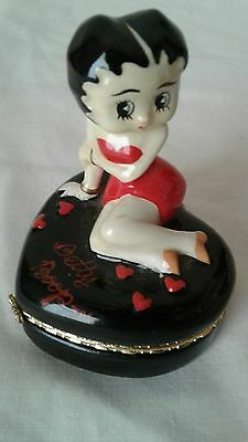 Betty Boop on Heart-Shaped Porcelain Hinged Trinket Box Charming!