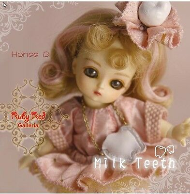 Ruby Red Galleria Honee-B BJD Milk Teeth NRFB