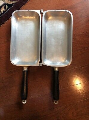 Vintage Century Metalcraft Corp Silver Seal Double Sided Heavy Cast Aluminum Pan