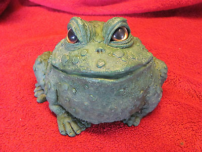 TOAD HOLLOW Frog Toad Figure Statue 1999 Small Green