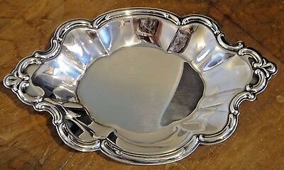 Vintage International Silver Co Silverplated Small Serving Tray / Candy Dish