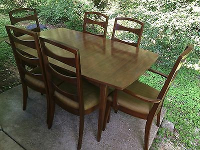 Mid Century Modern Lenoir Chair Dining Table & Bow Tie Back Chairs