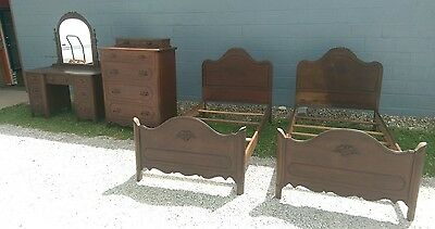 Davis Cabinet Company - Antique Bedroom Set - Dresser, Vanity, 2 Twin Beds