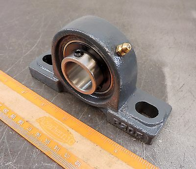 "1"" Pillow Block Bearing, UCP205-16 Solid Base P205 New in Box"