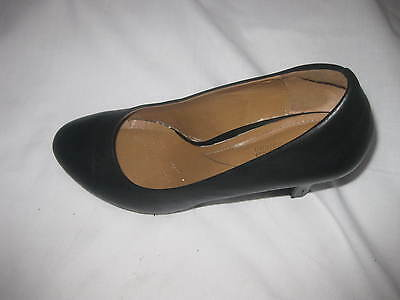 "Cute0!!~ Clarks Soft Cushion ""women  Black Chunky High Heel Pumps  Sz 9 M"