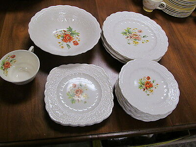 Edwin Knowles China Fashion Shape FLORAL CENTER SCALLOPED KNO496 @ Replacements