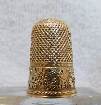 Antique 14k Solid Gold Thimble with Grape Vine Pattern  Size 6